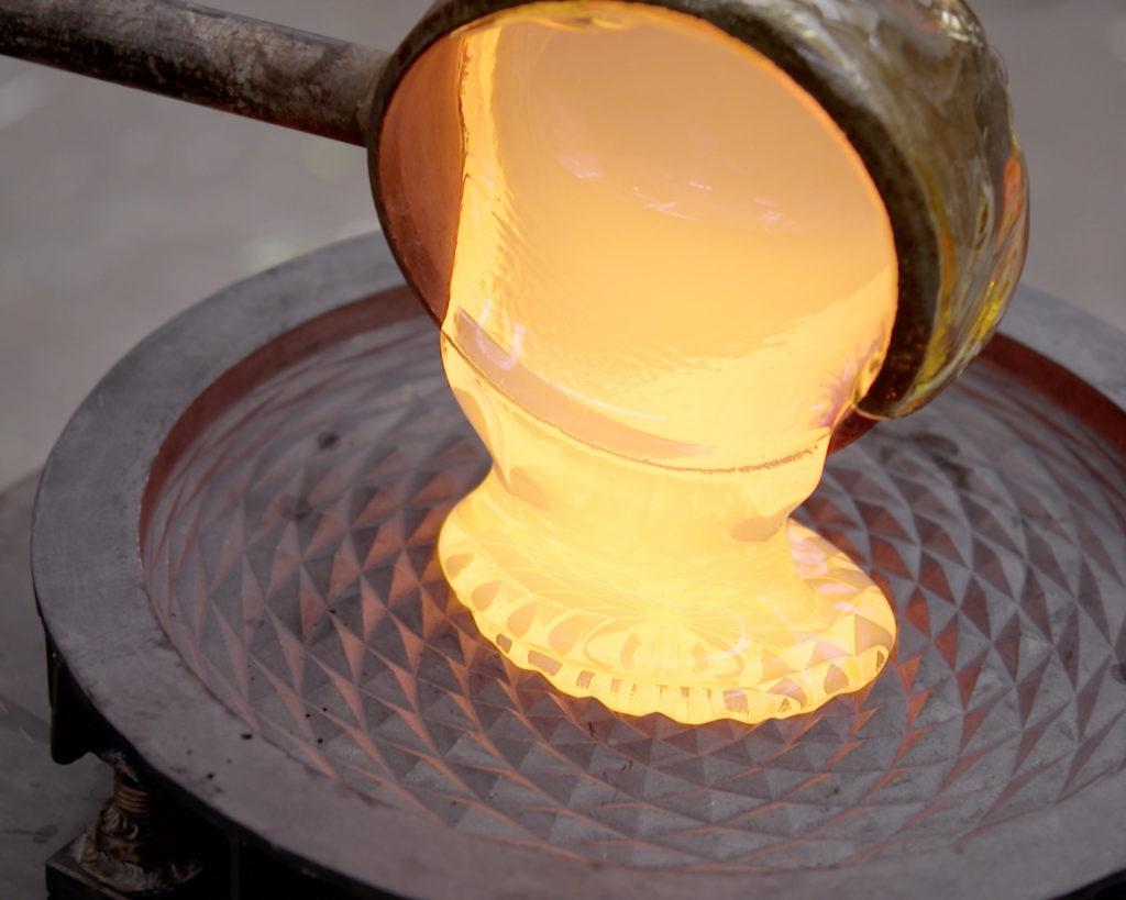 Van Tetterode Glasstudio, zonnebloemenmal.