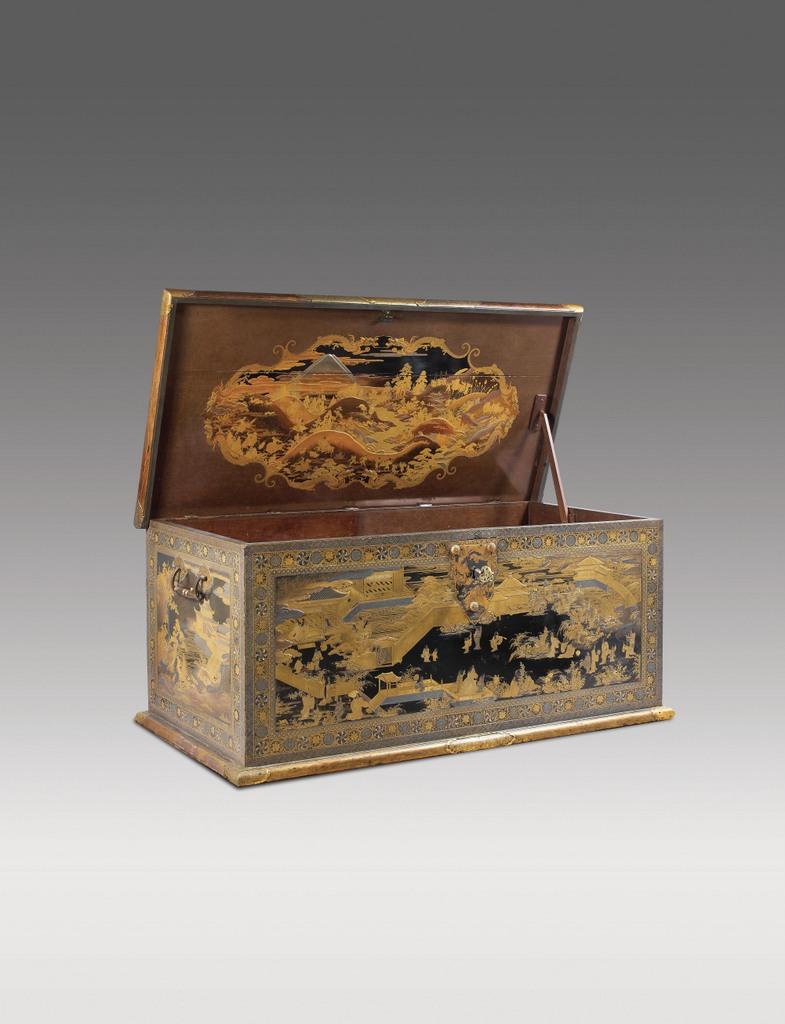 Japanse Lakkist, 1630-40, makie-techniek hoog 63,5, lang 144,5 en diep 73 cm.