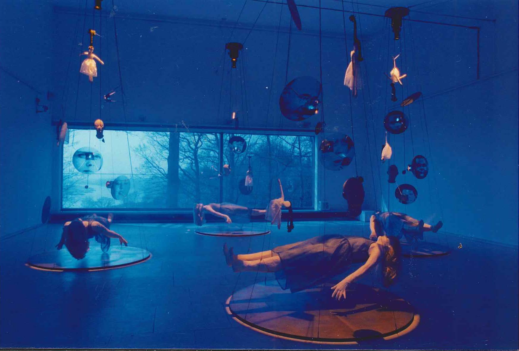 "Lydia Schouten, ""Shattered Ghost Stories"" (collectie: Museum Arnhem)."